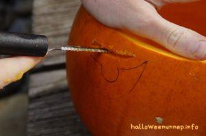 Halloween tök kivágása