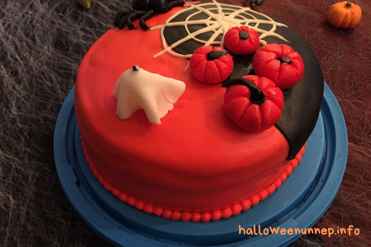 Halloween torta - piros